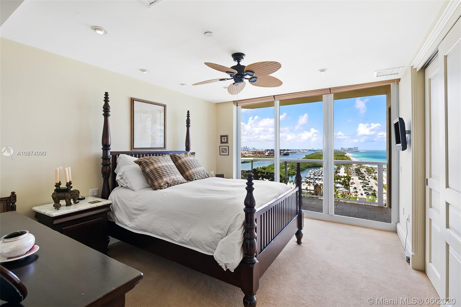 Photo of 6051 Ocean Dr #PH5, Hollywood, Florida, 33019 - Guest bedroom 2