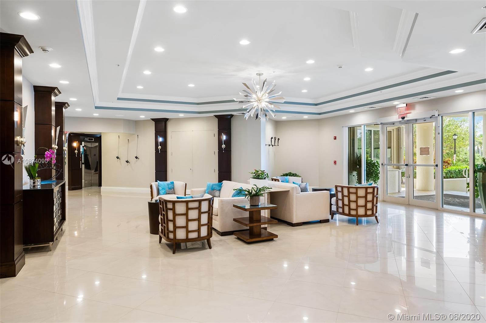 Photo of 6051 Ocean Dr #PH5, Hollywood, Florida, 33019 - Building lobby