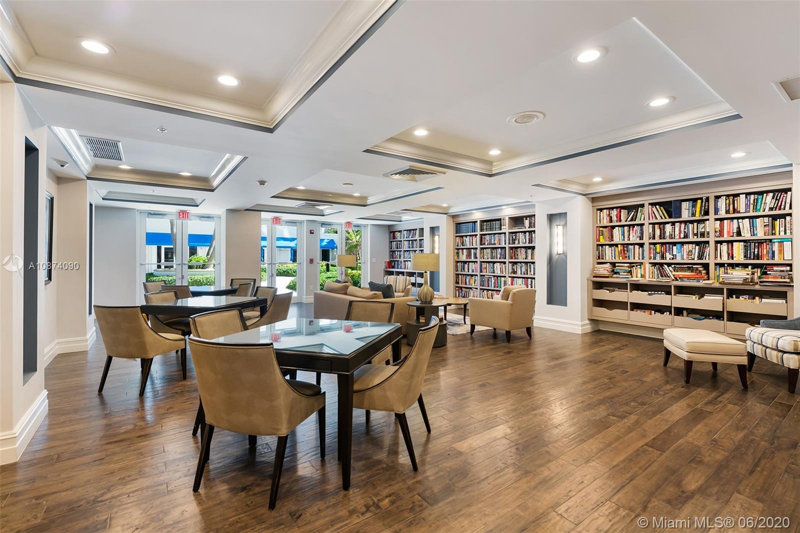 Photo of 6051 Ocean Dr #PH5, Hollywood, Florida, 33019 - Building community room