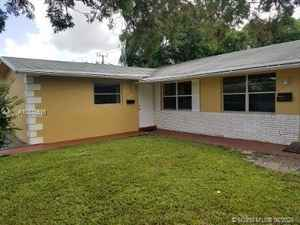 335 000$ - Broward County,Lauderhill; 2382 sq. ft.