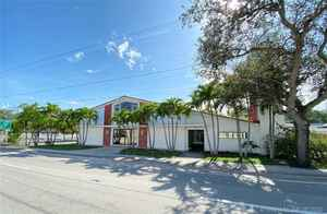 7 000 000$ - Miami-Dade County,North Miami; 78946 sq. ft.