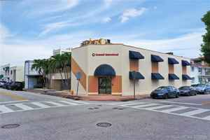 3 299 000$ - Miami-Dade County,Coral Gables; 7254 sq. ft.