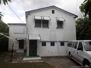 439 000$ - Miami-Dade County,Miami; 2066 sq. ft.