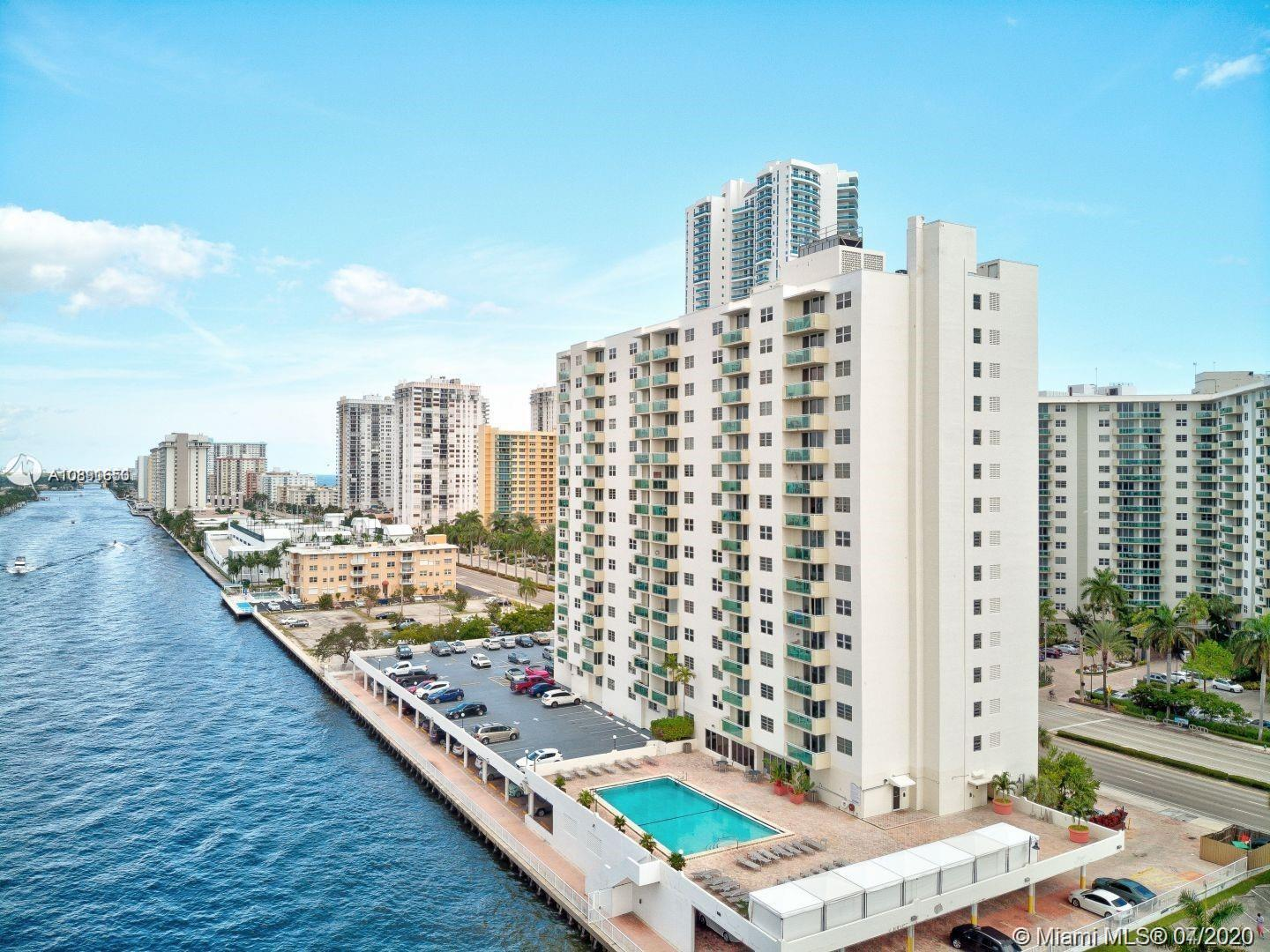 Photo of 3000 Ocean Dr #1218, Hollywood, Florida, 33019 - Across the Ocean