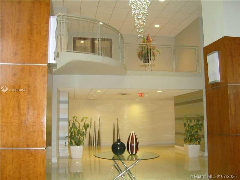 Photo of 3000 Ocean Dr #1218, Hollywood, Florida, 33019 - cabana