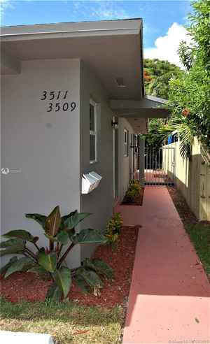 599 000$ - Miami-Dade County,Miami; 2412 sq. ft.