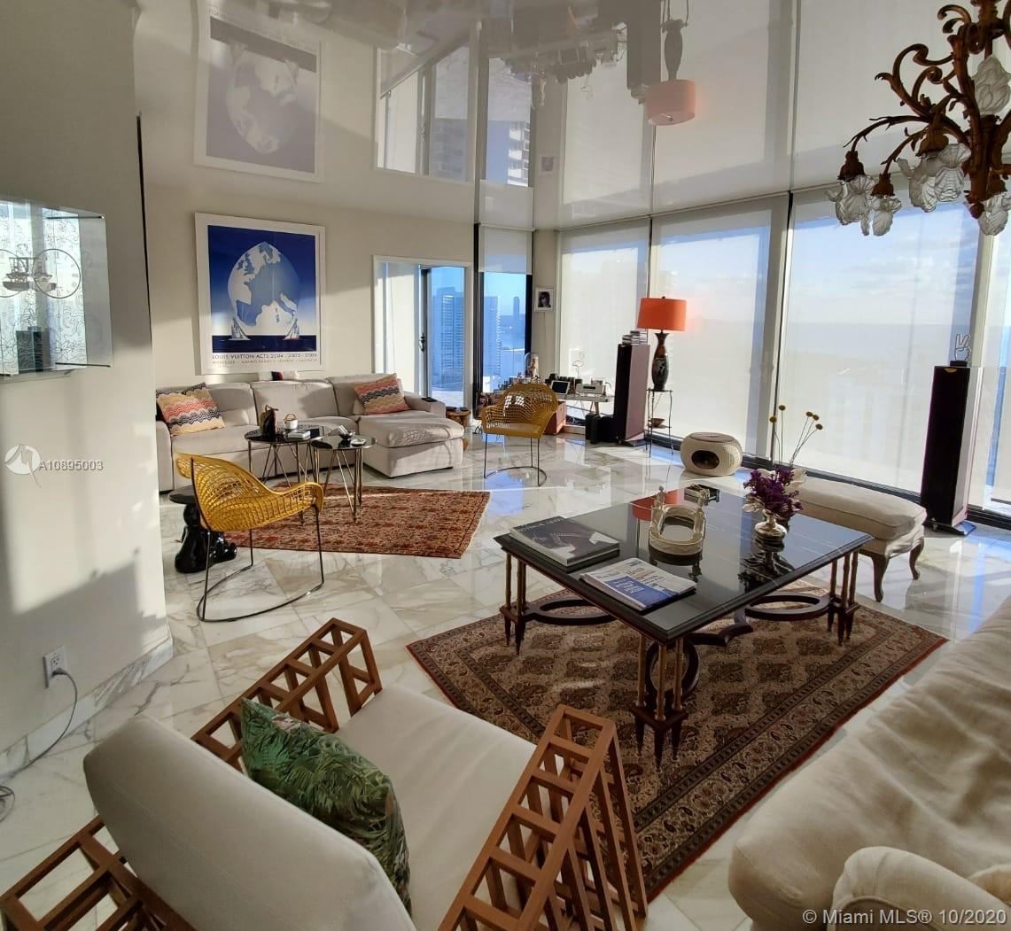Photo of 20281 Country Club Dr #2402, Aventura, Florida, 33180 - Living room