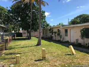 520 000$ - Broward County,Hallandale Beach; 1586 sq. ft.