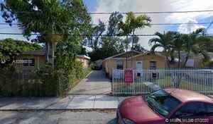 295 000$ - Miami-Dade County,Miami; 982 sq. ft.