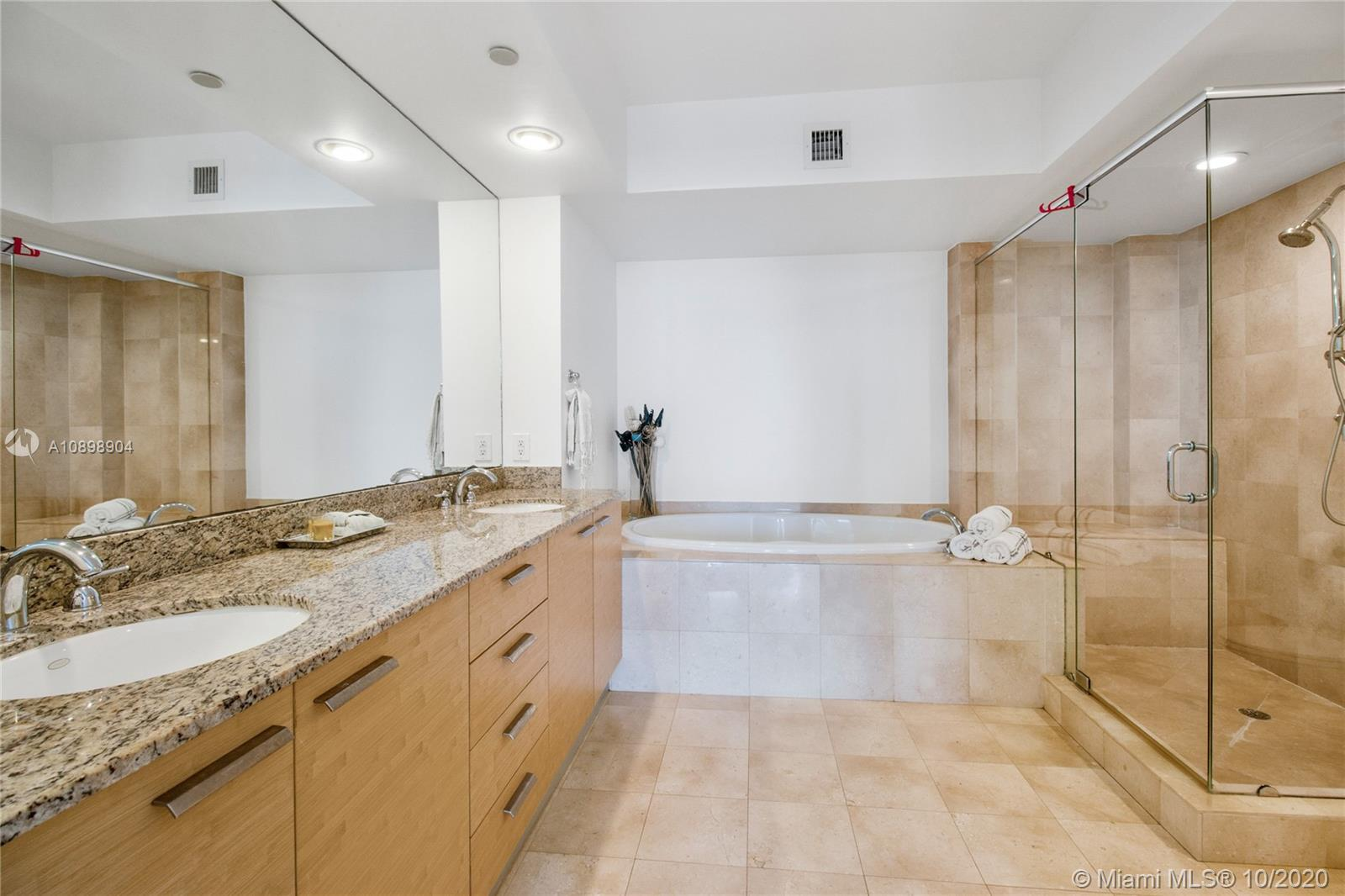 4303 3 / 3 1733 sq. ft. $ 2020-07-23 0 Photo