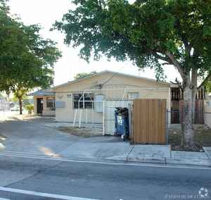 675 000$ - Miami-Dade County,Miami; 11652 sq. ft.