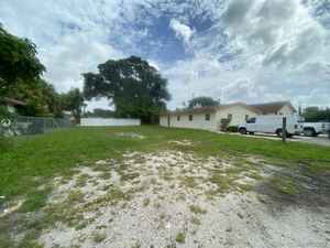 749 000$ - Broward County,Pompano Beach; 11334 sq. ft.