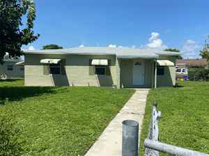 229 900$ - Palm Beach County,Riviera Beach; 972 sq. ft.
