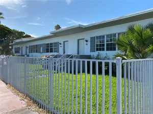 1 000 000$ - Miami-Dade County,Miami Beach; 2700 sq. ft.