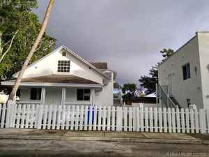 850 000$ - Miami-Dade County,Miami; 2344 sq. ft.
