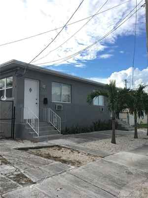 525 000$ - Miami-Dade County,Miami; 1784 sq. ft.
