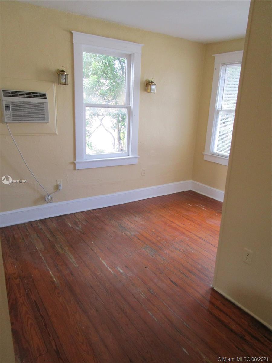 /  3918 sq. ft. $ 2021-04-12 0 Photo