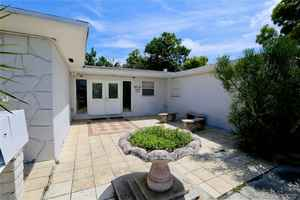 630 000$ - Broward County,Hollywood; 3375 sq. ft.