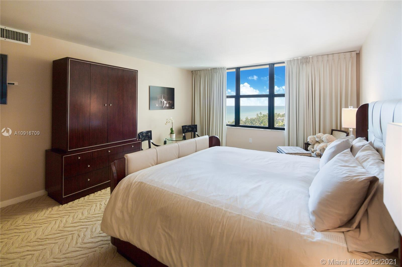 Photo of 9801 Collins Ave #11B Direct Ocean, Bal Harbour, Florida, 33154 - From the dinning room looking the entrance door