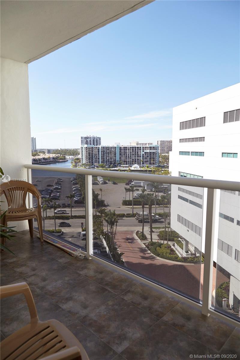 Photo of 3725 Ocean Dr #1015, Hollywood, Florida, 33019 -