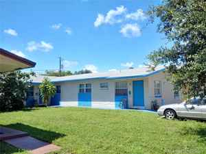 389 000$ - Broward County,Hallandale Beach; 2029 sq. ft.