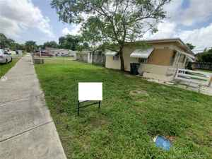 255 000$ - Broward County,Hollywood; 960 sq. ft.