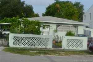 425 000$ - Miami-Dade County,Miami; 2280 sq. ft.
