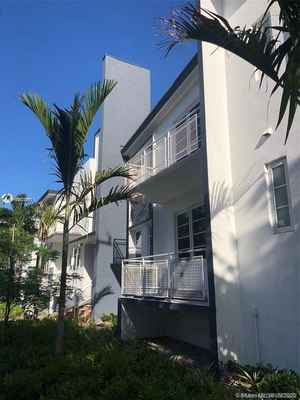 4 500 000$ - Miami-Dade County,Miami Beach; 17139 sq. ft.