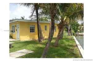 879 000$ - Miami-Dade County,Miami Beach; 1820 sq. ft.