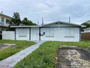 750 000$ - Broward County,Hollywood; 8183 sq. ft.