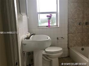 /  1172 sq. ft. $ 2020-10-01 0 Photo
