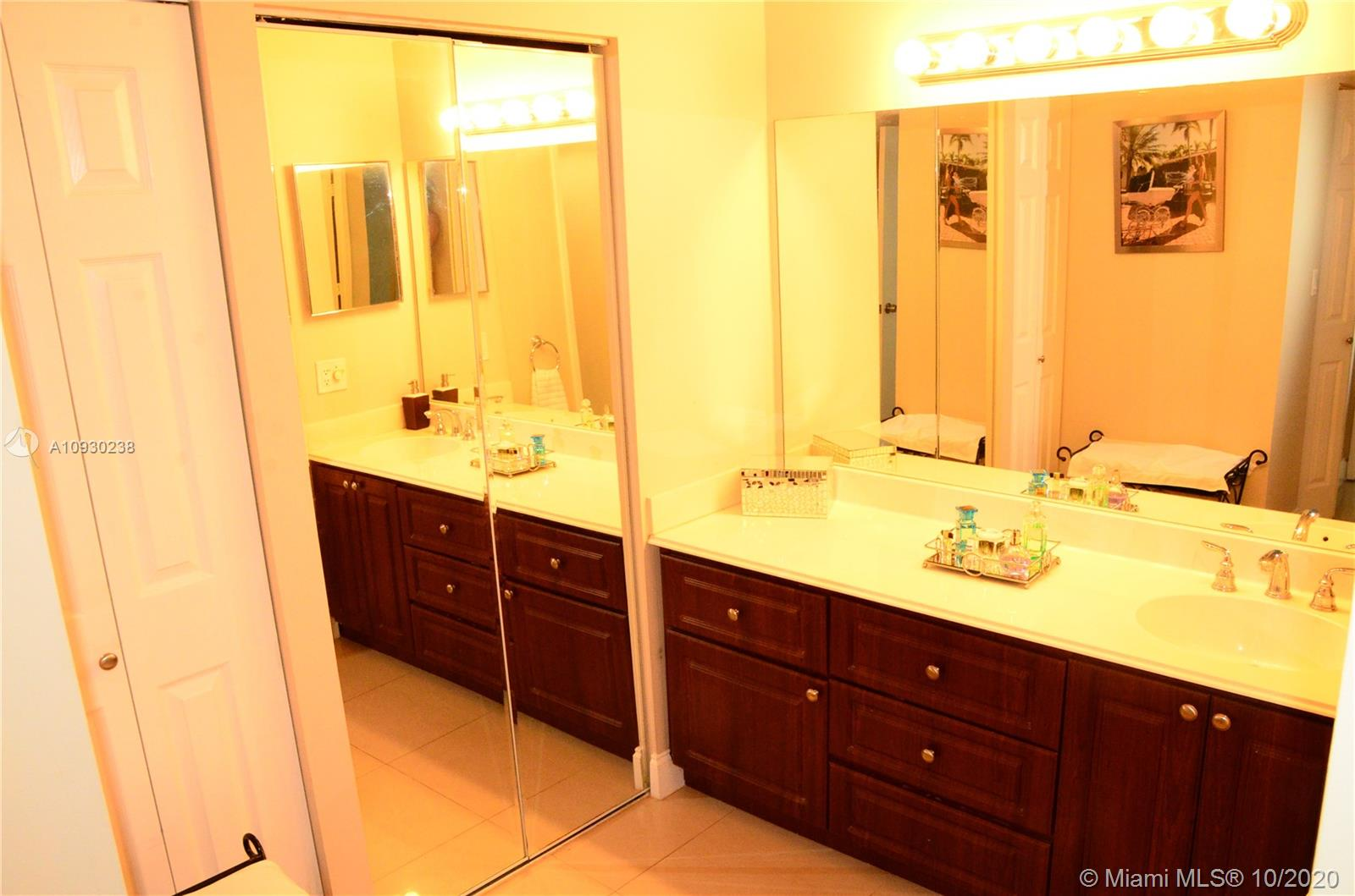 Photo of 3731 Country Club Dr #422, Aventura, Florida, 33180 -