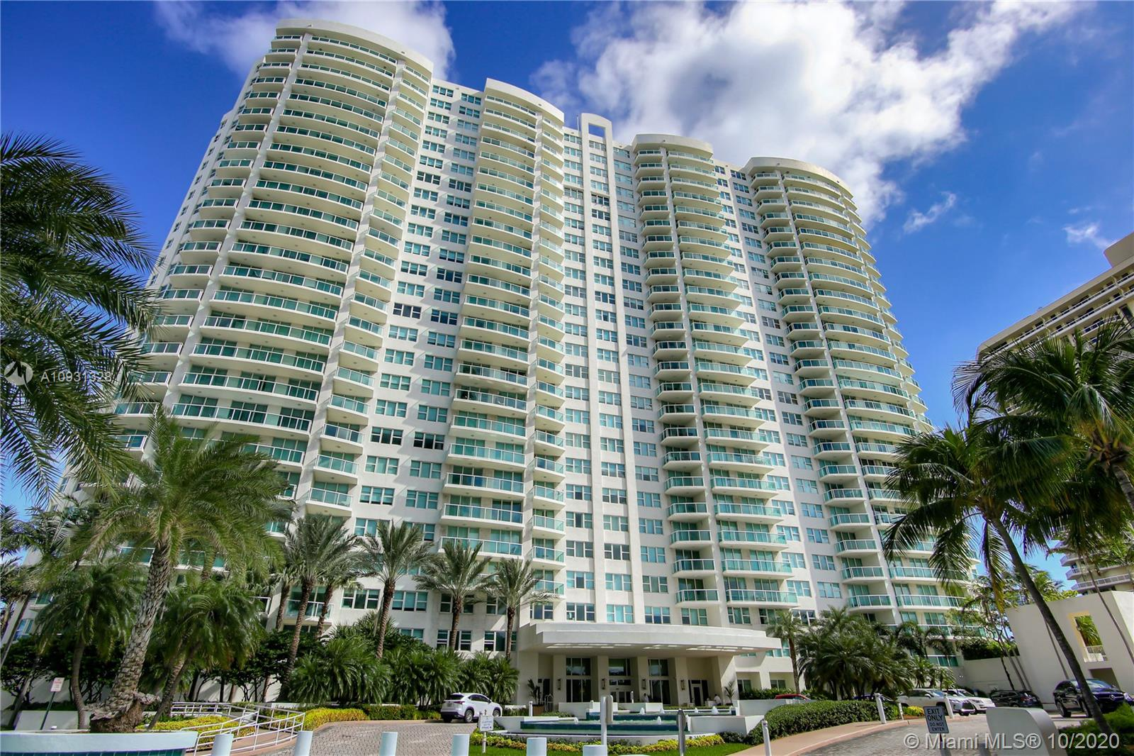 Photo of 20201 Country Club Dr #2407, Aventura, Florida, 33180 - Aerobics and Zumba area.