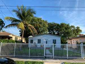 675 000$ - Miami-Dade County,Miami; 2350 sq. ft.