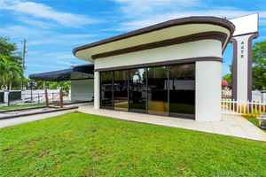 1 350 000$ - Miami-Dade County,Miami; 10122 sq. ft.