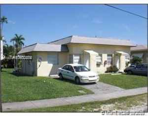 640 000$ - Miami-Dade County,Miami; 3175 sq. ft.