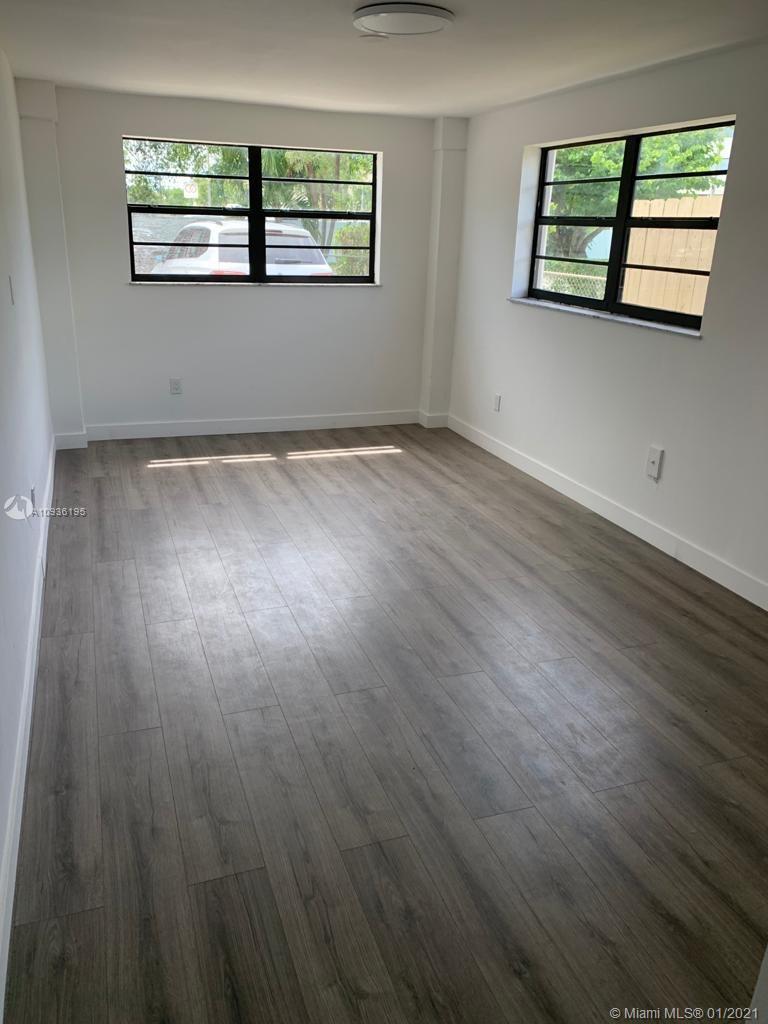 /  2094 sq. ft. $ 2020-10-01 0 Photo