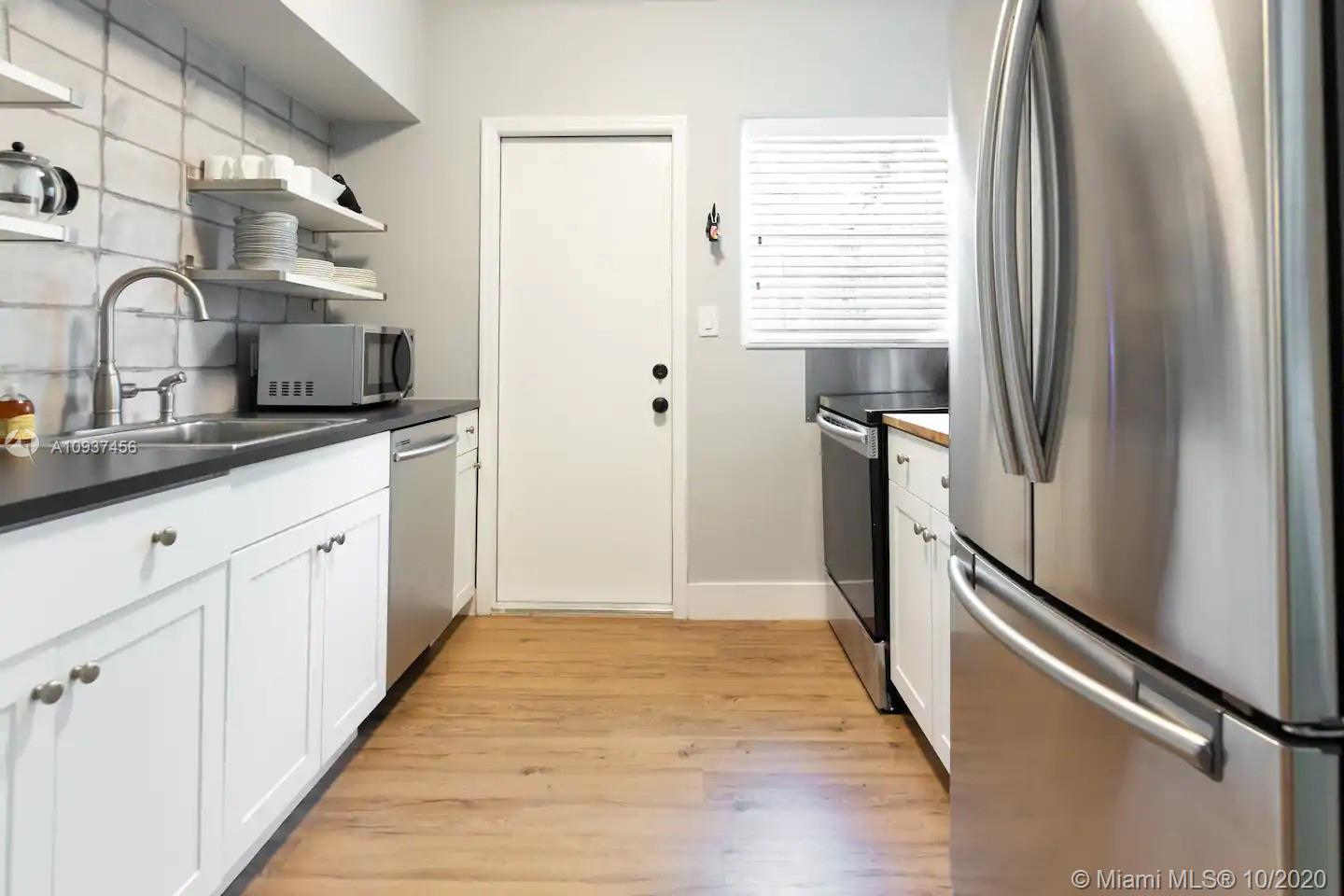 /  2245 sq. ft. $ 2020-10-05 0 Photo