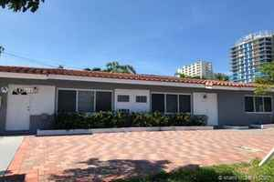 895 000$ - Broward County,Pompano Beach; 2120 sq. ft.