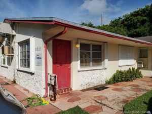 540 000$ - Broward County,Hollywood; 3005 sq. ft.