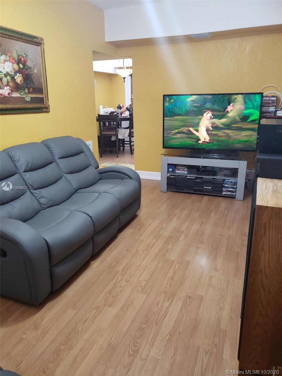 /  2480 sq. ft. $ 2020-10-08 0 Photo