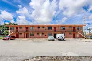 795 000$ - Miami-Dade County,Miami; 6316 sq. ft.