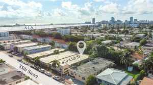 875 000$ - Miami-Dade County,Miami Beach; 3686 sq. ft.