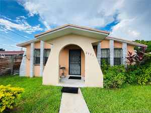 434 900$ - Miami-Dade County,Miami; 2299 sq. ft.