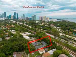 1 799 000$ - Miami-Dade County,Miami; 5292 sq. ft.