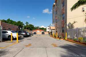 5 500 000$ - Miami-Dade County,Miami; 25899 sq. ft.