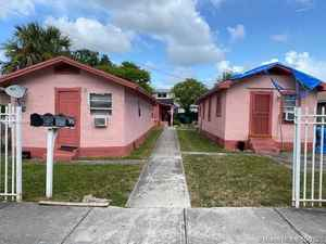 450 000$ - Miami-Dade County,Miami; 1858 sq. ft.