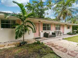 485 000$ - Miami-Dade County,Biscayne Park; 2068 sq. ft.