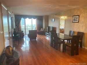 3 800$ - 1607; beds: 3 / baths:3; 1571 sq. ft.