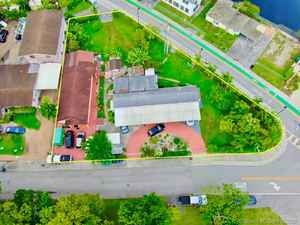 590 000$ - Miami-Dade County,Medley; 2798 sq. ft.